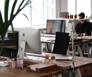 wyposazenie biur